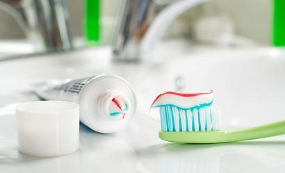 Úsměv čistí zuby dm drogerie v Homepark Zličín
